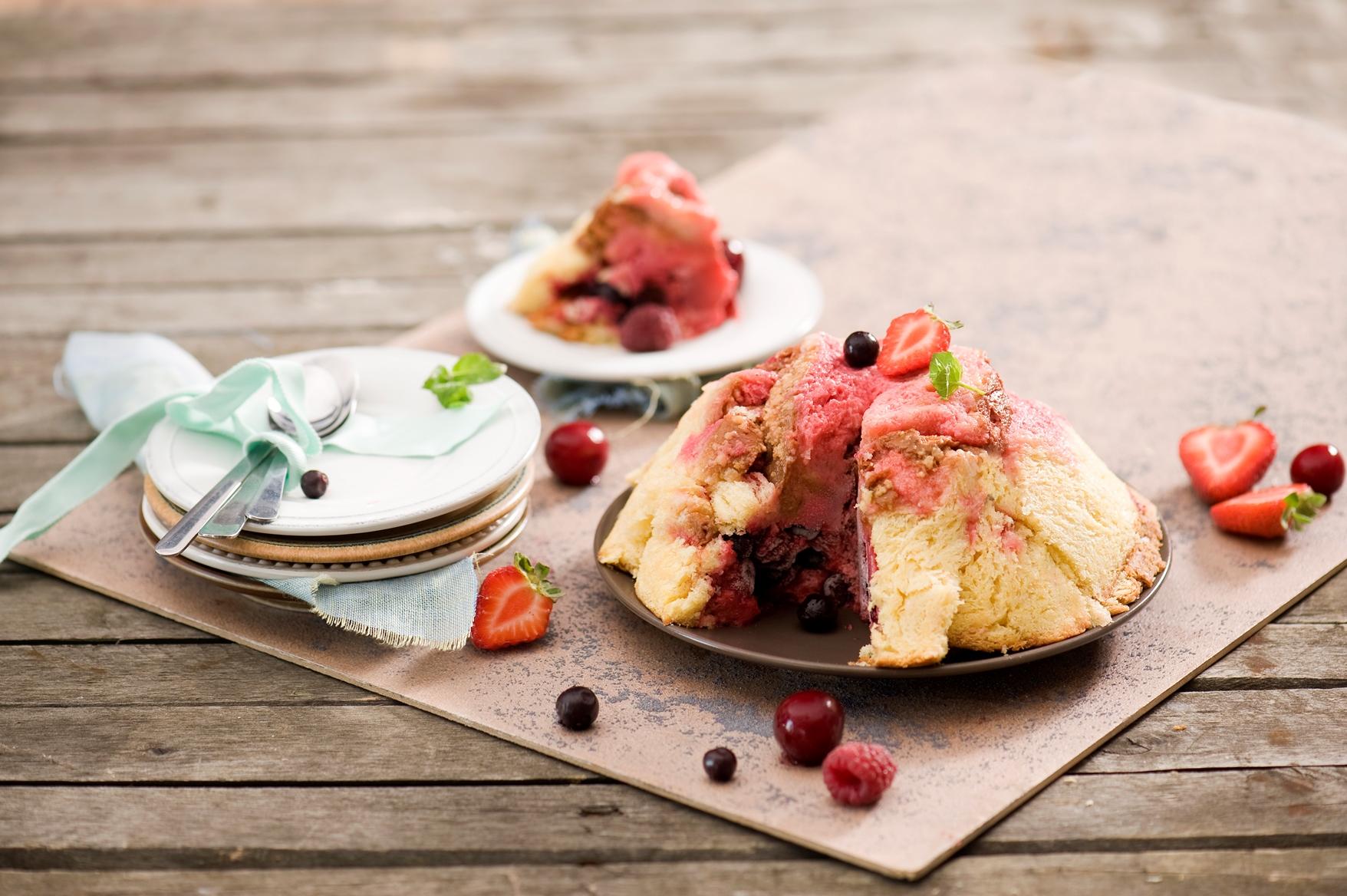 Letni pudding z owocami
