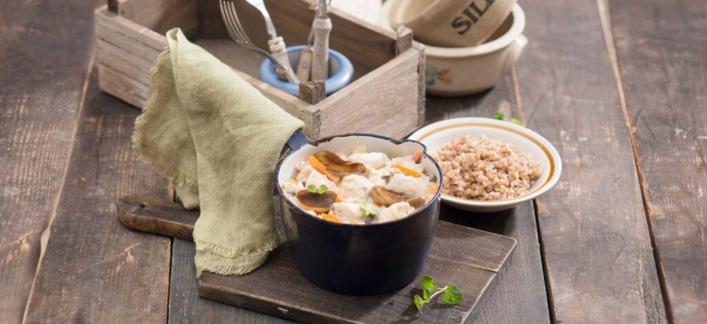 Gulasz z zupy grzybowej z mięsem drobiowym