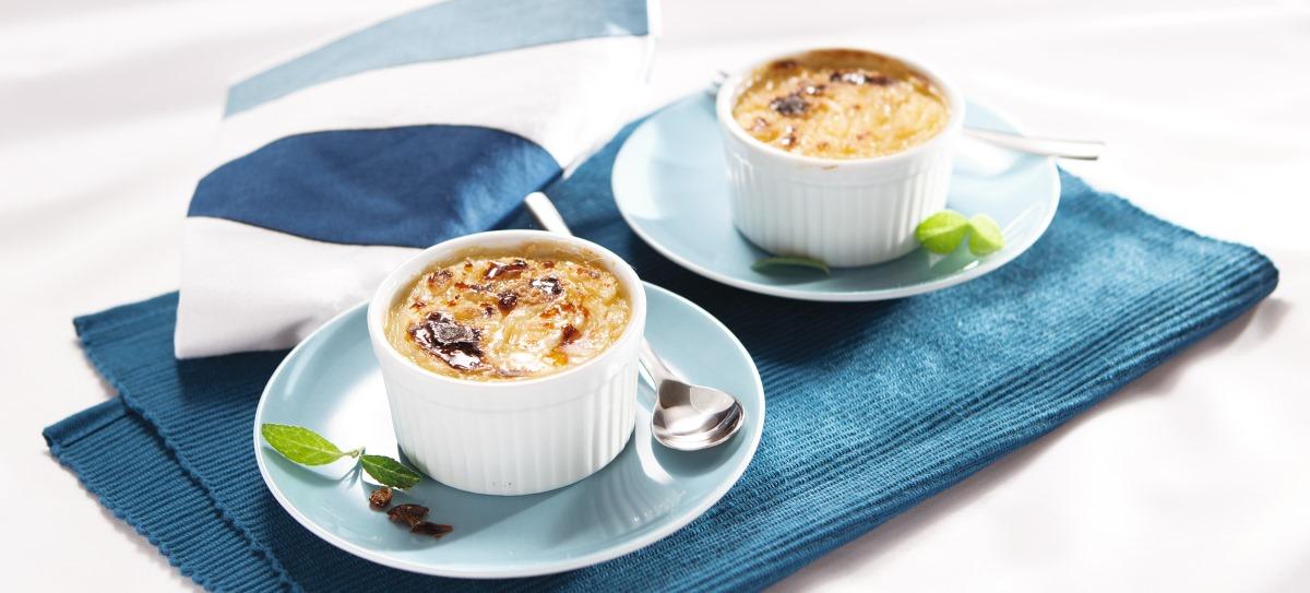 Crème brûlée zczarną porzeczką