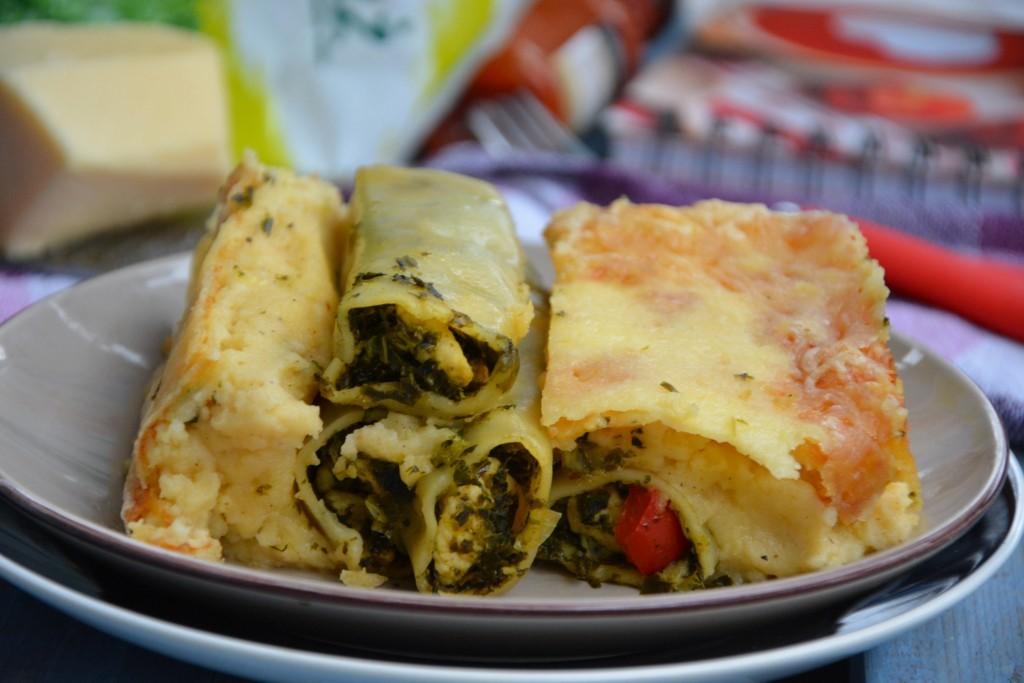Cannelloni zkurczakiem ijarmużem pod beszamelem