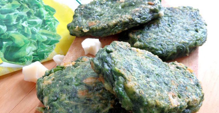 Placuszki szpinakowe zkozim serem isosem jogurtowo-orzechowym