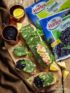 Pieczeń ze szpinaku z wędzonym łososiem i konfiturą z czarnych porzeczek image3 3