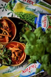 Pomidorowa pikantna zupa z kurczakiem groszkiem fasolką i pieczarkami czyli obiad w 20 minut image6 6