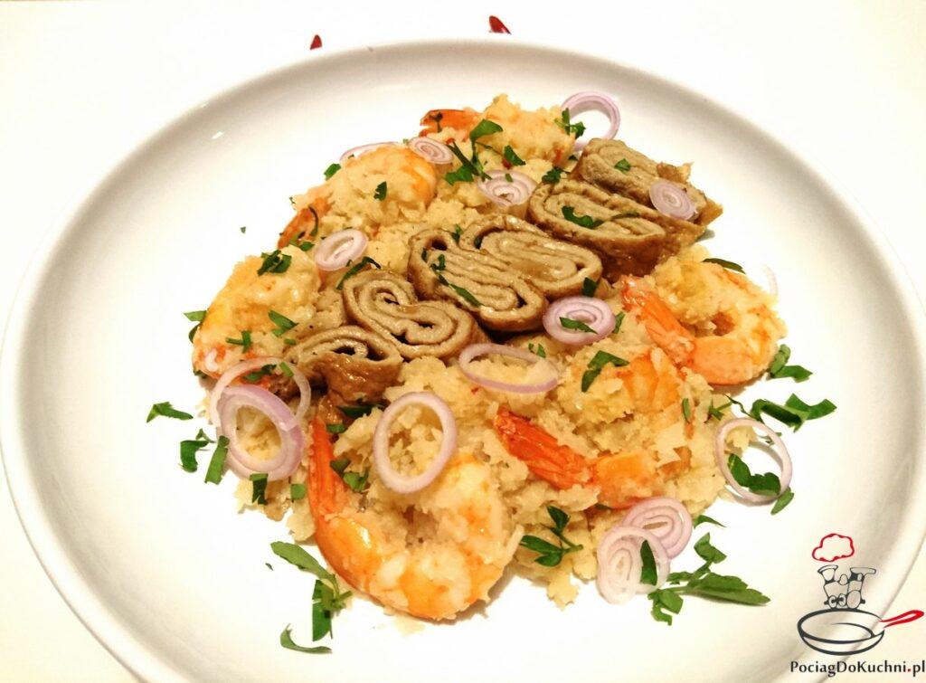 Smażony ryż z kalafiora z krewetkami