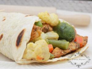 Tortilla z warzywami i kurczakiem image2 2
