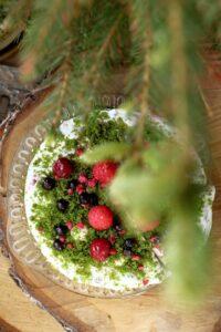 Zielony tort z owocami lata image3 3
