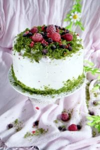 Zielony tort z owocami lata image4 4