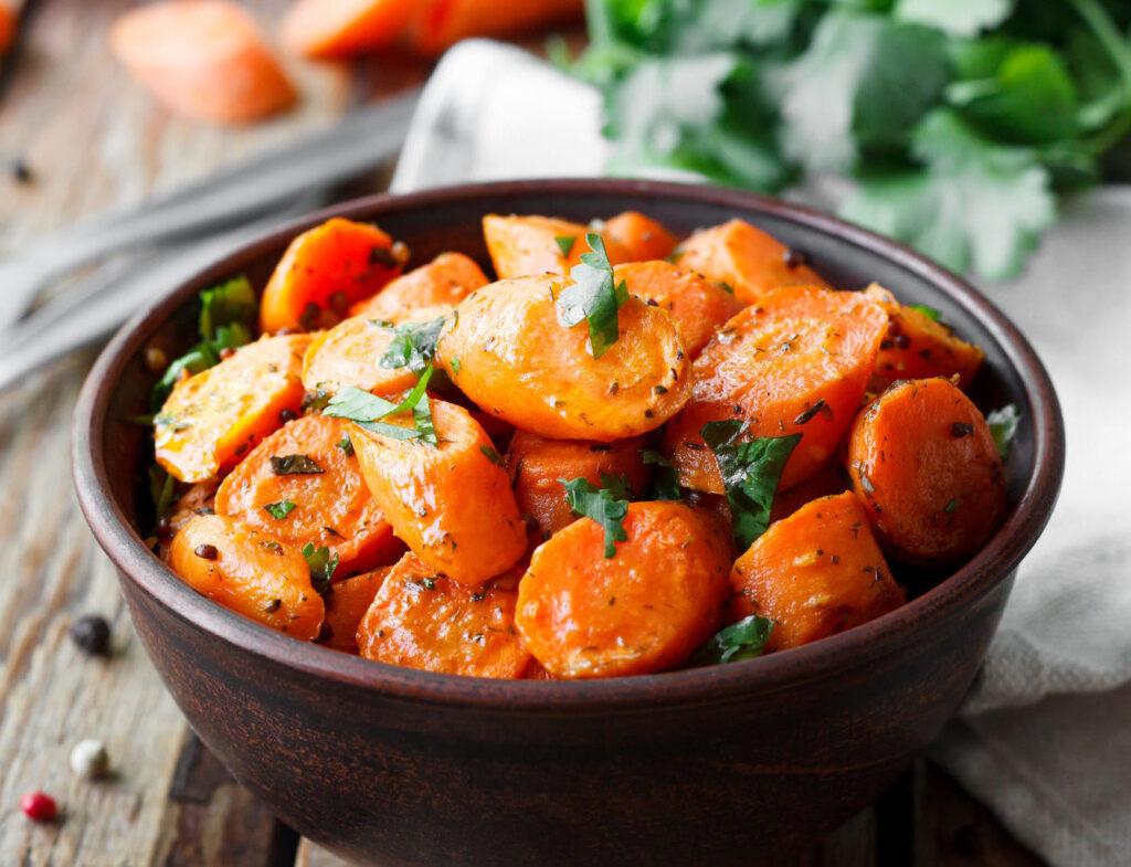Jak skarmelizować marchewkę?