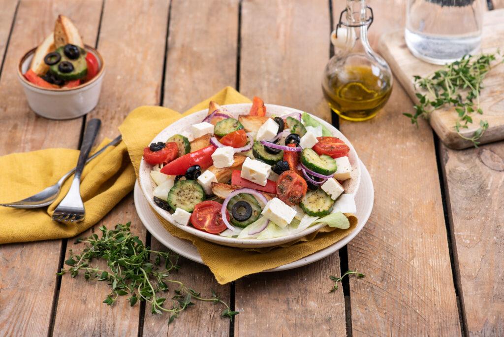 Pieczona sałatka po grecku