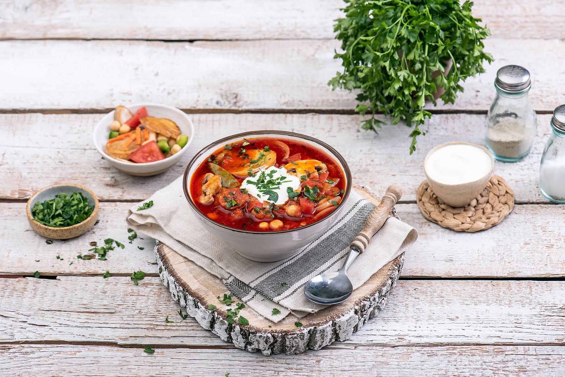 Hiszpańska zupa zchorizo