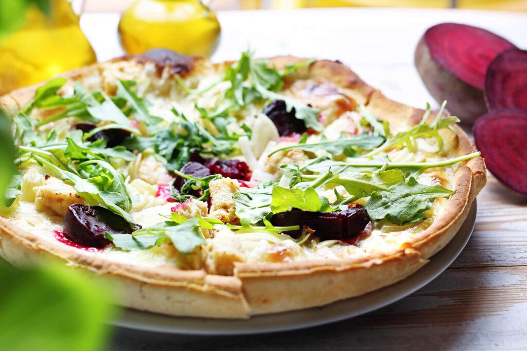 pizza wegetariańska zwarzywami